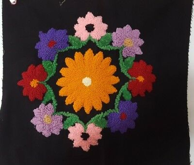 Vtg Crewel Embroidery Pillow Top Daisy Ring Frederick Herrschner Complete  NO13
