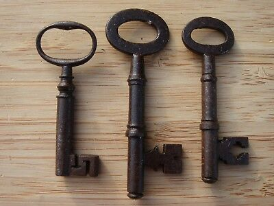 Vintage/Antique Job Lot of 3 Metal Keys