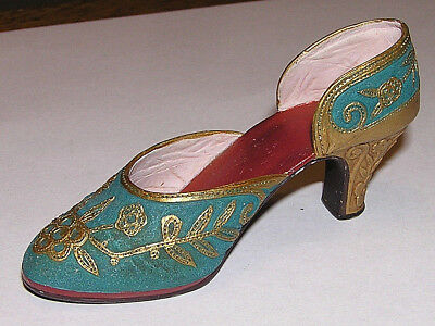"""Just The Right Shoe """"Carved Heel"""" Item 25096 Raine-Willitts Designs 1999"""