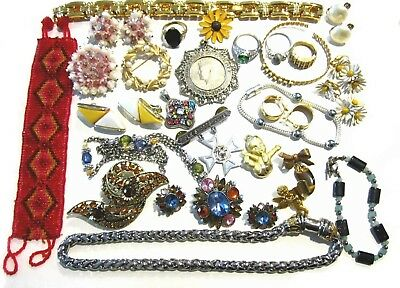 Lot of Vintage & Modern Costume Jewelry Mixed Lot C