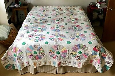 Antique Dresden Plate Hand-Stitched Cotton Batted Quilt