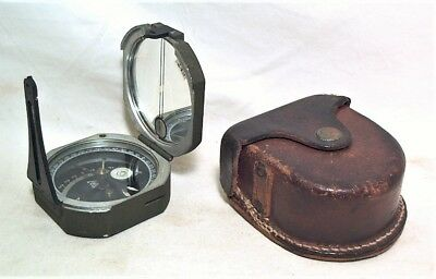 1940s WW2 KALART US MILITARY M2 ARTILLERY COMPASS W/ ORIGINAL LEATHER FIELD CASE