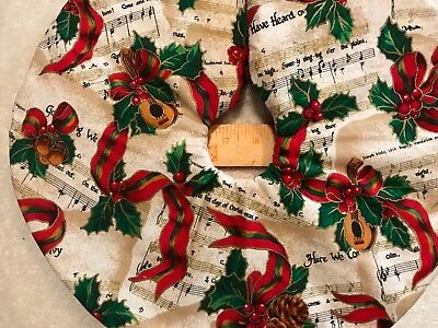"""15""""  Sheet music and Ribbon  Christmas Tree Skirt made4u quilted Table top"""