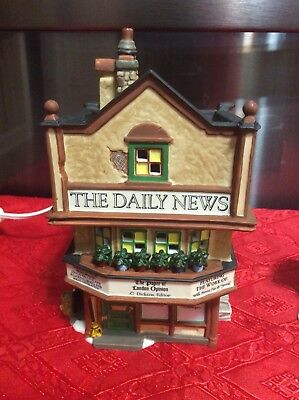 DEPT 56 THE DAILY NEWS CHRISTMAS DICKENS' VILLAGE Building and News Stand