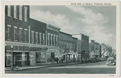 South Side of Square, Gambles Department Store, Fredonia, Kansas 1940's