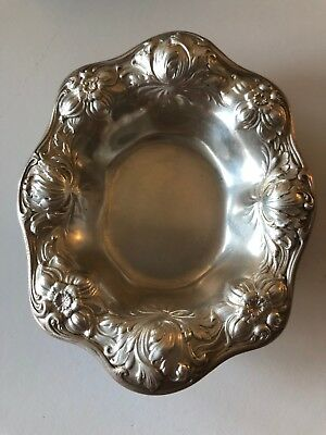 """Sterling Silver Gorham Antique Floral 4"""" by 3 1/4"""" Oval Candy Nut Dish A 3965"""