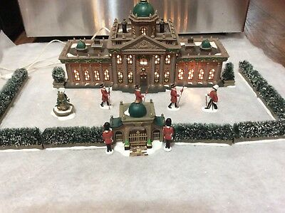 Heritage Village Dept 56 RAMSFORD PALACE Dickens Village Series