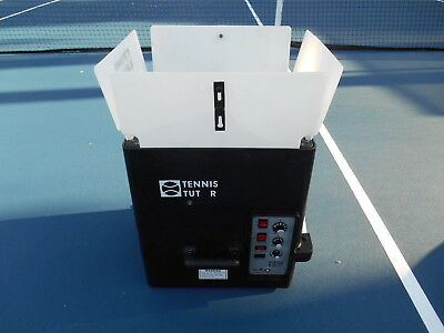 TENNIS TUTOR PLUS BALL Machine 2P NEW BATTERIES.! WORKS VERY WELL!  WITH CHARGER
