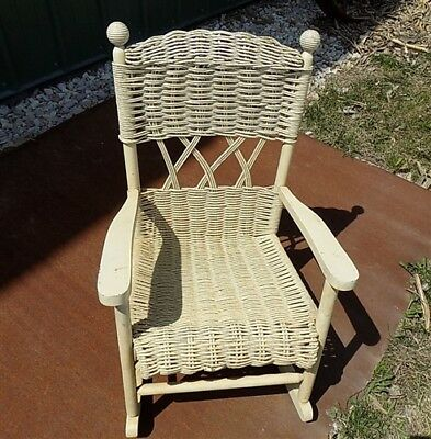 Child Size Cream Wicker Rocking Chair Playroom Doll Display Victorian Vintage