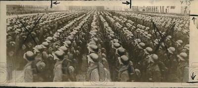 1939 Press Photo Fully-equipped Red Troops march in a military parade, Moscow