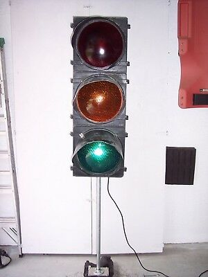 Vintage  Traffic Signal Light 3 lights wired and works. Stop light