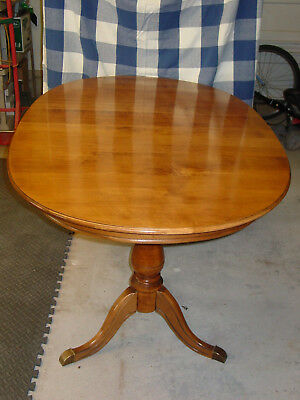 ANTIQUE Solid ROCK MAPLE TABLE with 6 Solid Chairs EXCELLENT CONDITION