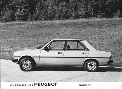 1980 Peugeot 305 SR ORIGINAL Factory Photo oac0844