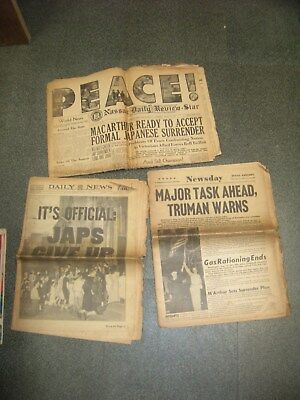 Lot of 3 Newspaper telling of end to WW II (8/15/1945) NY Daily News, NEWSDAY ++