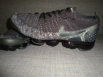 size 40 f06ea 42d45 NIKE AIR VAPORMAX Flyknit Trainers Mens Triple Black 2.0 Size UK 7.5 Brand  New