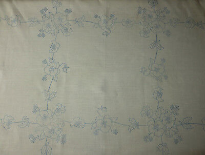 "Beautiful Vintage Linen Tablecloth PANSY TRELLIS to Embroider 40""(102cm) sq+Lace"