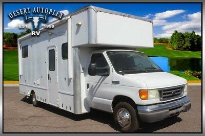 2006 Ford E-450 Enclosed Utility Motorhome