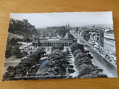 Vintage B&W postcard of Princes Street and Royal Scottish Academy, Edinburgh