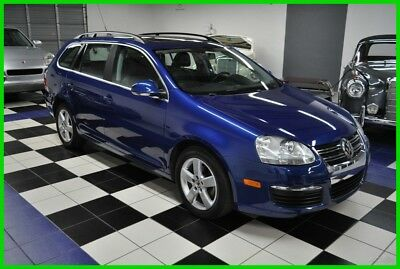 2009 Volkswagen Jetta 2.5L SE WAGON - ONE OWNER - ALL SERVICES TROUGH VW DEALER 2009 2.5L SE STATION WAGON - VERY CLEAN - LOW MILES