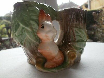Eastgate WITHERNSEA Fauna - Twin Posy Vase Rabbit - No.25  c 1967  Superb