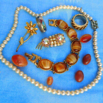 Lot of mixed vintage antique jewellery assorted ring brooches bracelet amber