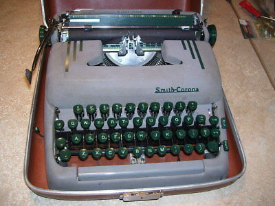 Antique Vintage Smith Corona Silent Super Portable Typewriter in Case