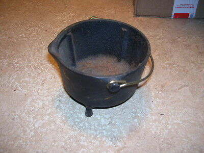 Antique Kitchen Cast Iron Griswold Wind Proof #32 Ashtray RARE