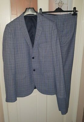 Mens Vintage Blue on Grey Prince of Wales Check Suit
