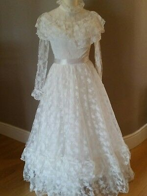 Jean Allen Retro Victorian style Wedding Dress 1980s Ivory Lace Size 36 8-10