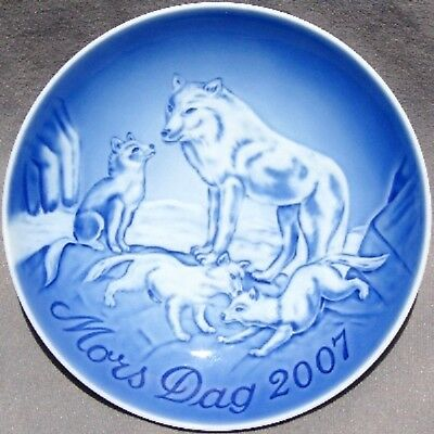 BING & GRONDAHL 2007 Mother's Day Plate B&G Arctic Fox & Cubs MINT in BOX!