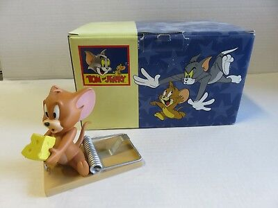 """Wedgwood Tom and Jerry """"Mousetrap"""" Statue Limited Edition"""