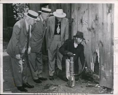 1947 Press Photo Honorable of Chicago Inspect the City