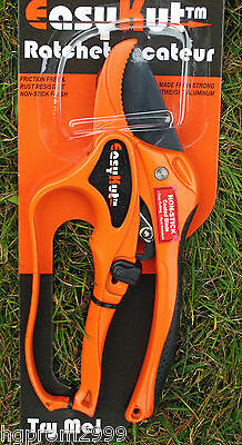 Easycut Ratchet Secateurs  Secateur,pruning,snipping