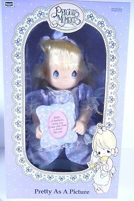 Nib 1992 Precious Moments Baby Doll Pretty As A Picture Vinyl Soft Body 14""