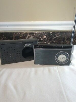 1966 Zenith Royal 51 Transistor Radio, AM/FM working loud and clear, very nice