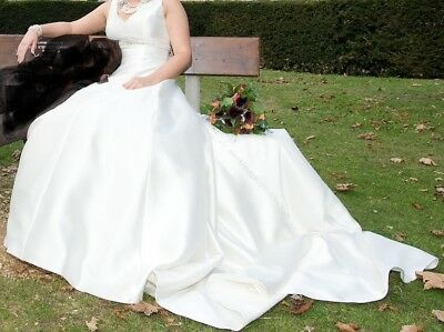 Exquisite Beaded Ivory Wedding dress With Long Train By Catherine Jane (12-14)