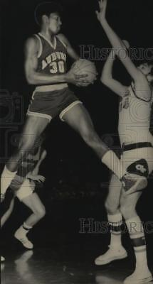 1971 Press Photo Auburn University - Mike Mitchell in Game with Georgia Tech