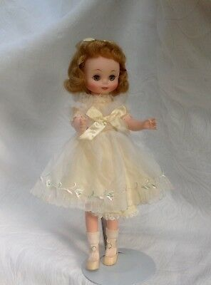 """VINTAGE AMERICAN CHARACTER  BETSY McCALL DOLL 14"""""""