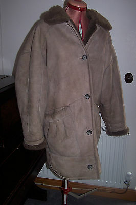 VINTAGE 80's – BEIGE BROWN real SHEEPSKIN fur lined KNEE COAT 12 14 deep pockets