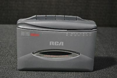RCA Portable AM/FM Radio Cassette Player w/ Belt Clip RP-1820A Tested Works