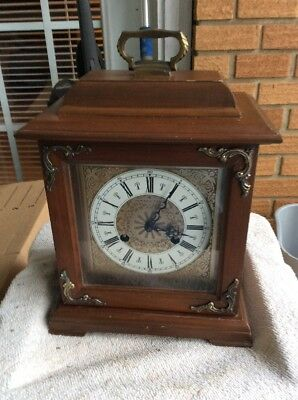 Vintage Hamilton Wheatland Mantle Chime Clock w/Key Windup Model 150-010