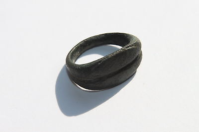 ANCIENT ROMAN BRONZE FINGER RING 1st  Century AD
