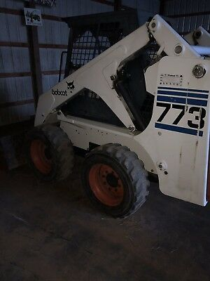Bobcat 773 skid steer loader Diesel LOW HOURS  Immaculate machine