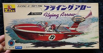 Propeller Boat Flying Arrow  1966 Vintage Ls Model Kit