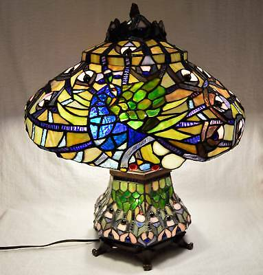 Beautiful Tiffany Style Stained Art Glass Peacock Table Lamp With Lighted Base