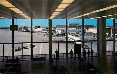 View inside United Airlines Terminal, O'Hare Airport, Chicago, Illinois Postcard