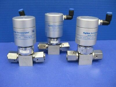 "Fujikin Mega-M LA FPR-UDDF-71-6.35-2 Pneumatic Valve, 1/4"" F UJR, Lot of 3 Used"