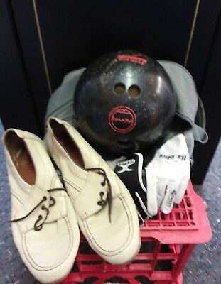 Bowling Ball Maxim Ebonite wieght 4.62kg with Bag, gloves and ladies size 10s