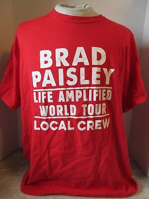 2016 Brad Paisley Life Amplified World Concert Tour Local Crew Red T-Shirt XL