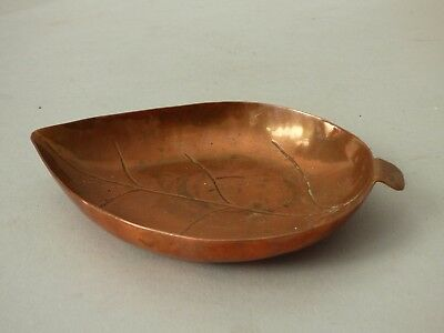 Collectable Leaf Breweriana Copper Smoking Tobacciana Ashtray Trinket Card Dish